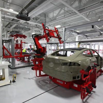 Tesla_auto_bots